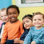 Hitos del desarrollo, Normas de guía para niños menores de 3 años y Pautas para la primera infancia. Modos de evaluar a niños pequeños