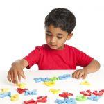 La creación de un salón de clases enriquecido en lenguaje para niños que aprenden dos idiomas