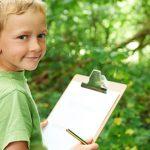 Szkolne projekty: Dzieci uczą się o pracach badawczych