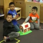 The Right Word: Conversation and Print During Pretend Play