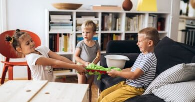 children arguing